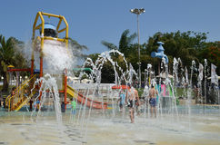 Amusement d'été au parc aquatique Photographie stock