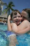 Amusement dans la piscine Photo stock