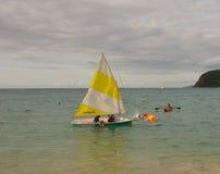 Amusement de canotage dans les îles au vent un dimanche Photos libres de droits