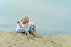 Amusing elderly couple Royalty Free Stock Photography