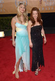 Amy Davidson, Kaley Cuoco Images libres de droits