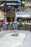 Amy Winehouse-Statue Stockbilder