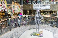 Amy Winehouse staty Arkivfoton