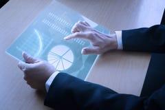Análise moderna da informação do negócio no dispositivo móvel Imagem de Stock