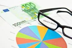 Análisis del informe de ventas Fotografía de archivo libre de regalías