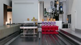 Análisis del laboratorio de la máquina metrajes
