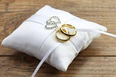 Anéis de casamento 01 Fotografia de Stock