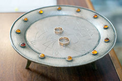 Anéis de casamento dourado Foto de Stock Royalty Free