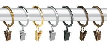 Anéis de cortina para o beirado Anéis do metal com os grampos para cornijas Imagem de Stock Royalty Free