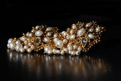 Anéis de orelha do ouro Imagens de Stock Royalty Free