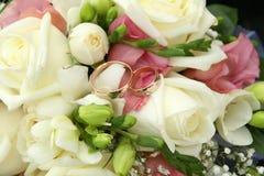 Anéis de ouro Foto de Stock Royalty Free