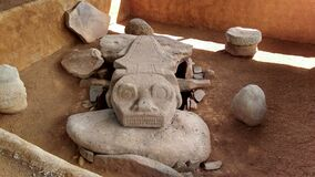 Free An Ancient Sculpture Of A Crocodile Over A Dolmen Tombstone At Colombian San Agustin Archaeological Park. Royalty Free Stock Photography - 179297107