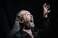 Free An Old Actor During A Theatrical Performance Royalty Free Stock Image - 171206186