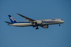ANA Airlines Boeing 787 Dreamliner na aproximação final a Sydney Airport terça-feira 23 de maio de 2017 Imagens de Stock