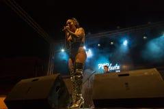 Ana Malhoa Singing no Praia, Cabo Verde Imagens de Stock Royalty Free