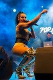 Ana Malhoa Singing in Praia, Kaapverdië stock foto