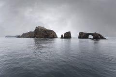 Anacapaeiland Californië met Onweershemel Stock Fotografie