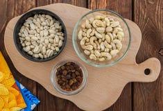 Anacardo, cacahuetes y pasas Foto de archivo libre de regalías