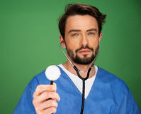 Anaesthetist или доктор держа стетоскоп стоковые изображения