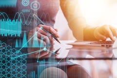 Analítica e conceito da finança foto de stock royalty free
