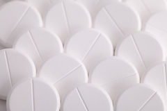 Analgésico branco redondo da aspirina do paracetamol dos comprimidos Foto de Stock Royalty Free