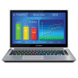 Analitycs del sito Web sullo schermo di computer portatile Immagini Stock Libere da Diritti