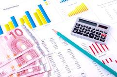 analiza sporządzać mapę pieniężnego pieniądze Zdjęcie Royalty Free
