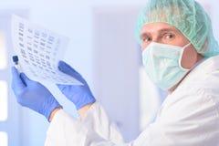 Analizing DNA Obrazy Stock