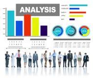 Analizzare concetto di statistica di dati dell'istogramma di informazioni fotografie stock libere da diritti