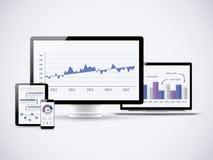 Analizzare le statistiche finanziarie sui computer di vettore Fotografia Stock