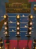 Analoge mixercontroles royalty-vrije stock afbeeldingen