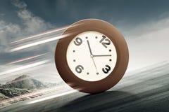 Analoge Uhr, die aufwärts rollt Lizenzfreie Stockfotografie