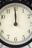 Analoge Uhr, die Zeit sagt Lizenzfreie Stockbilder