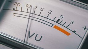 Analogowego sygnału wskaźnik z strzałą Metr audio sygnał w decyblach zbiory