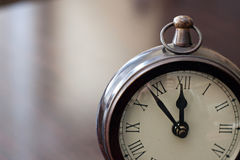 Analogowy Drewniany zegar Obrazy Royalty Free