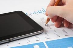Analys för affärsrapport Arkivfoton