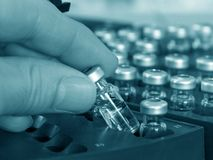Analyse chimique d'échantillon Photo libre de droits
