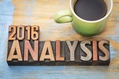 analyse 2016 dans le type en bois Image stock