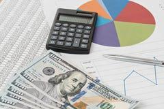 Analyse financière avec le graphique photo libre de droits