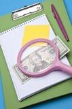 Analyser des coûts Image stock