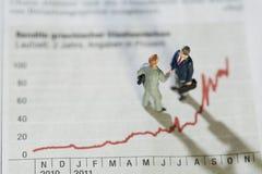 Analysieren der jährlichen Monatsstatistiken Stockfotos