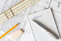 Analysis of the design work, at your desk Royalty Free Stock Photos