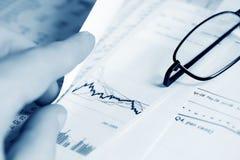 analysis graphs market stock Στοκ Φωτογραφίες
