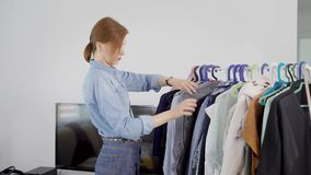 Analysis of the wardrobe. A woman understands her wardrobe. Sorts clothes by type, what and what to wear, what to buy.