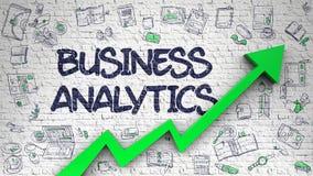 Analytics d'affaires dessiné sur le mur blanc Images libres de droits