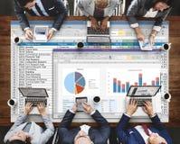 Analytik, die Nomogramm-Berichts-Konzept gedanklich löst Lizenzfreie Stockfotos
