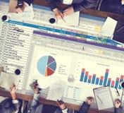 Analytik, die Nomogramm-Berichts-Konzept gedanklich löst Stockfoto