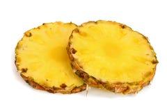 Ananasów plasterki odizolowywający na białym tła zbliżeniu Obraz Royalty Free