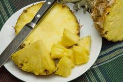 Ananas affettato fresco Immagine Stock Libera da Diritti