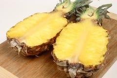 Ananas coupé en tranches Image libre de droits